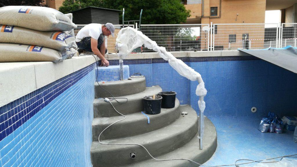 acceso piscinas para discapacitados