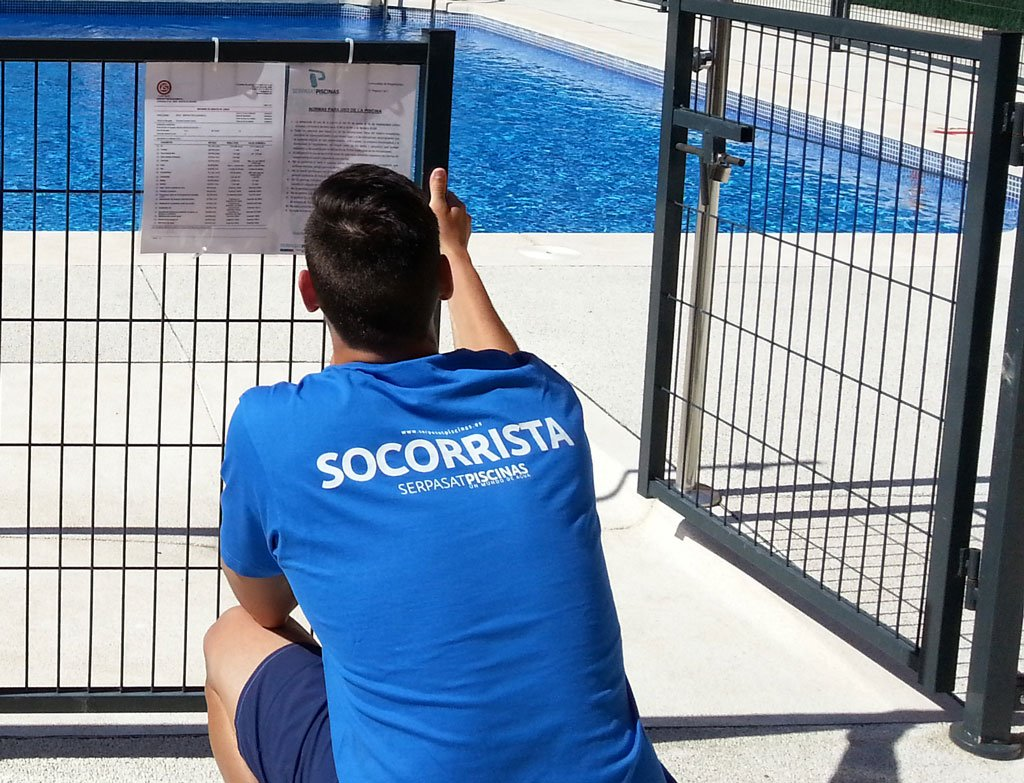 Cómo y cuándo obtener el curso de reciclaje de socorrismo acuático en Madrid