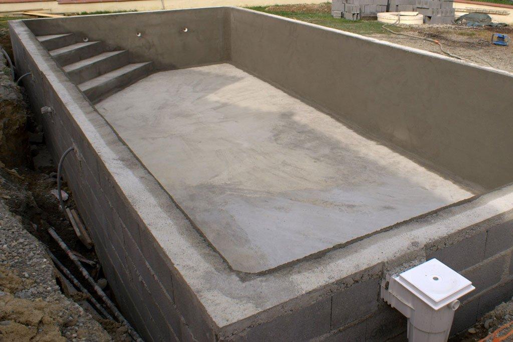 hacer piscina de obra